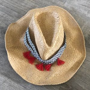 Hat with chevron and tassels !